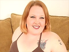 A super fat BBW sexpot plays the skin flute here